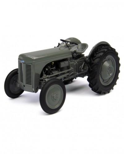 Universal Hobbies 1/32 Scale Ferguson TEA 20 Tractor Diecast Replica UH4189