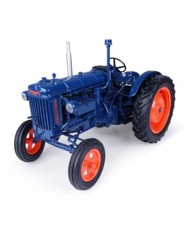 Universal Hobbies 1/16 Scale Fordson E27N (1945) Tractor Diecast Replica UH2638