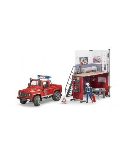 Bworld Firestation w Land Rofer, Fireman and accessories